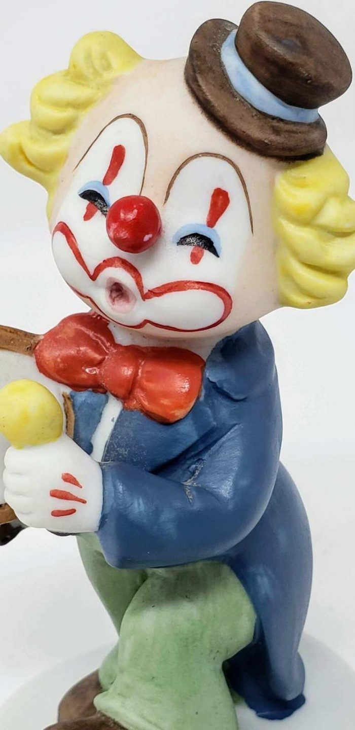 Figurine Lefton Clown with Drum # 07319 Hand Painted Porcelain