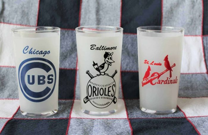 Glass, Tumbler, St Louis Cardinals Logo Frosted Drinking Glass, SOLD