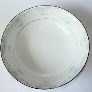 """Serving Bowl, """"Heirloom"""" by Fashion Royale, Japan"""
