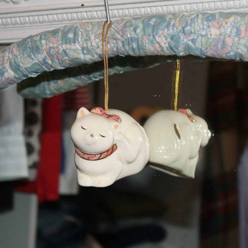 Pomander / Sachet Cat Figurine, Ceramic Japan