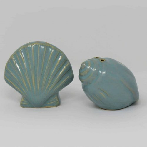 Salt and Pepper, Seashell / Shell Shakers Ceramic Figurines, Blue