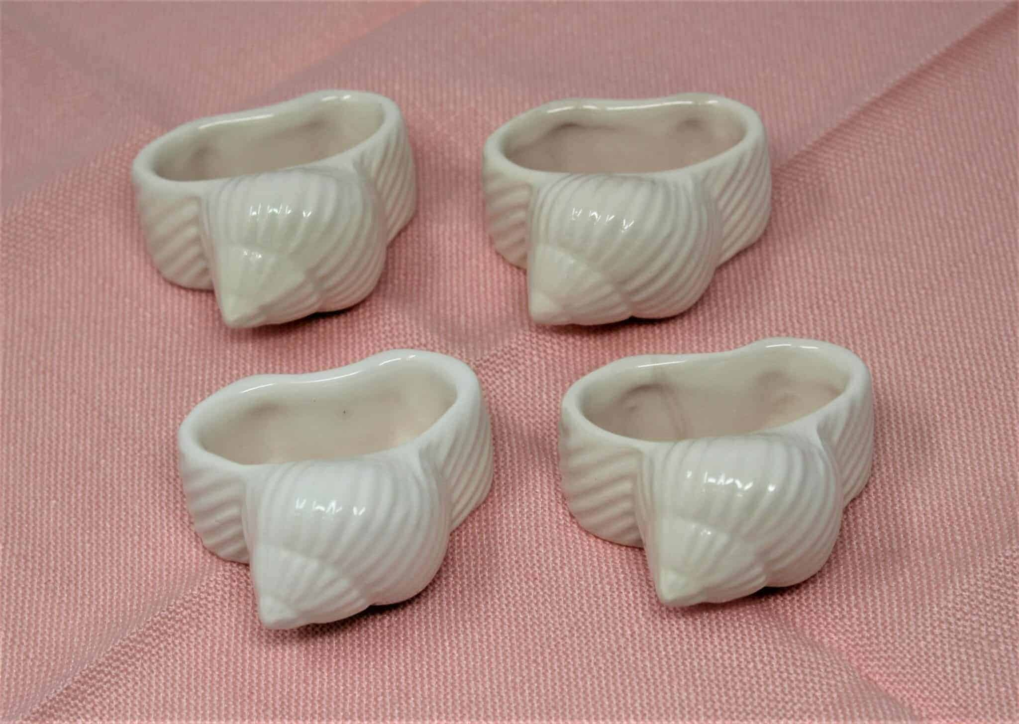 Napkin Rings Seashell Shell Coastal Pottery Barn Ceramic Set Of 4 Sold Antigo Trunk
