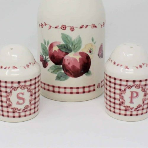 "Salt and Pepper Set, ""Delicious"" by Pfaltzgraff, Red Gingham"