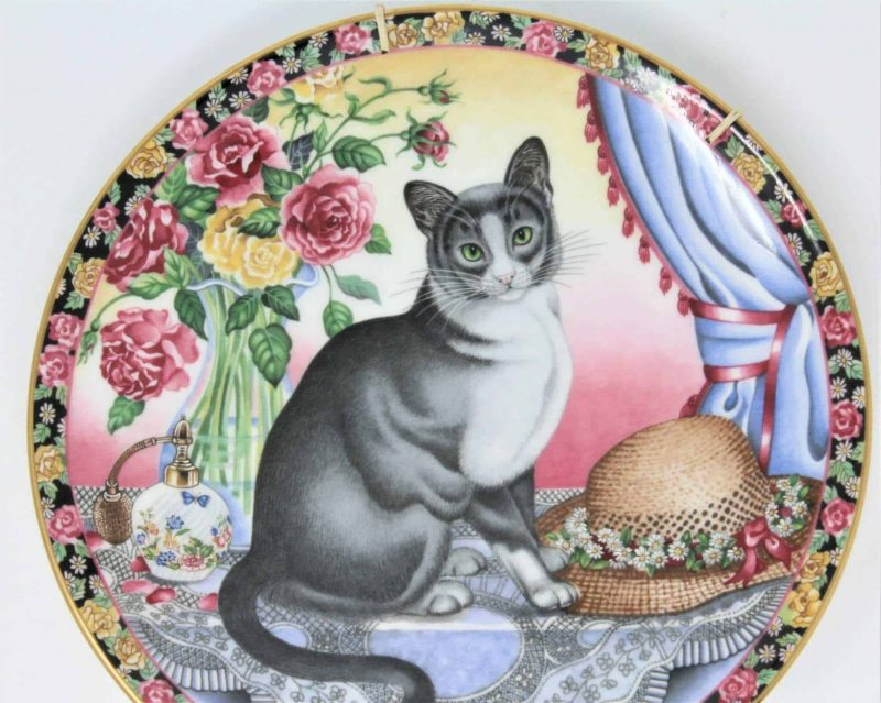 """Decorative Plate """"Cats for All Seasons""""- Summer Cat by Aynsley"""