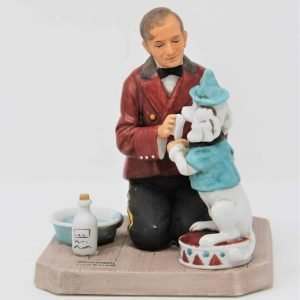 """Figurine, """"While The Audience Waits"""", Norman Rockwell Museum, Porcelain Bisque"""