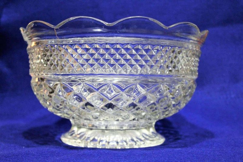 """Serving Bowl, """"Wexford"""" by Anchor Hocking 10"""", Footed, SOLD"""