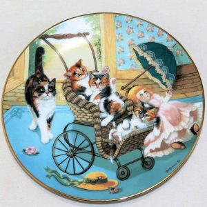 """Decorative Plate, Country Kitties, """"Stroller Derby"""" by Gerardi"""