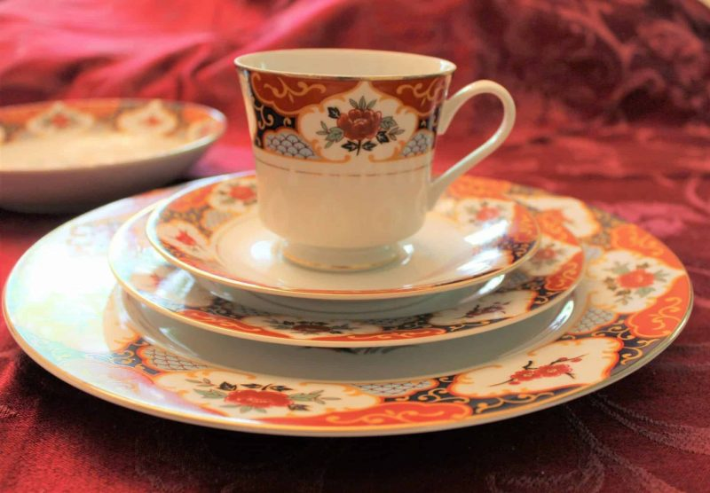 """Dinnerware, Complete Place Service for 4, """"Kyoto"""" by Montgomery Ward, 5 Piece Place Setting, Japan"""