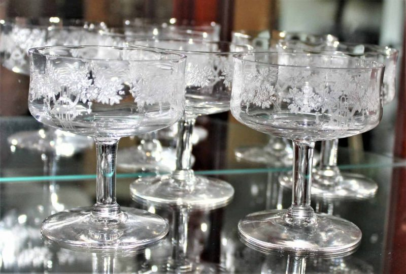 """Champagne / Low Sherbet Glasses """"Roseland"""" by Monongah, Set of 4, Antique"""