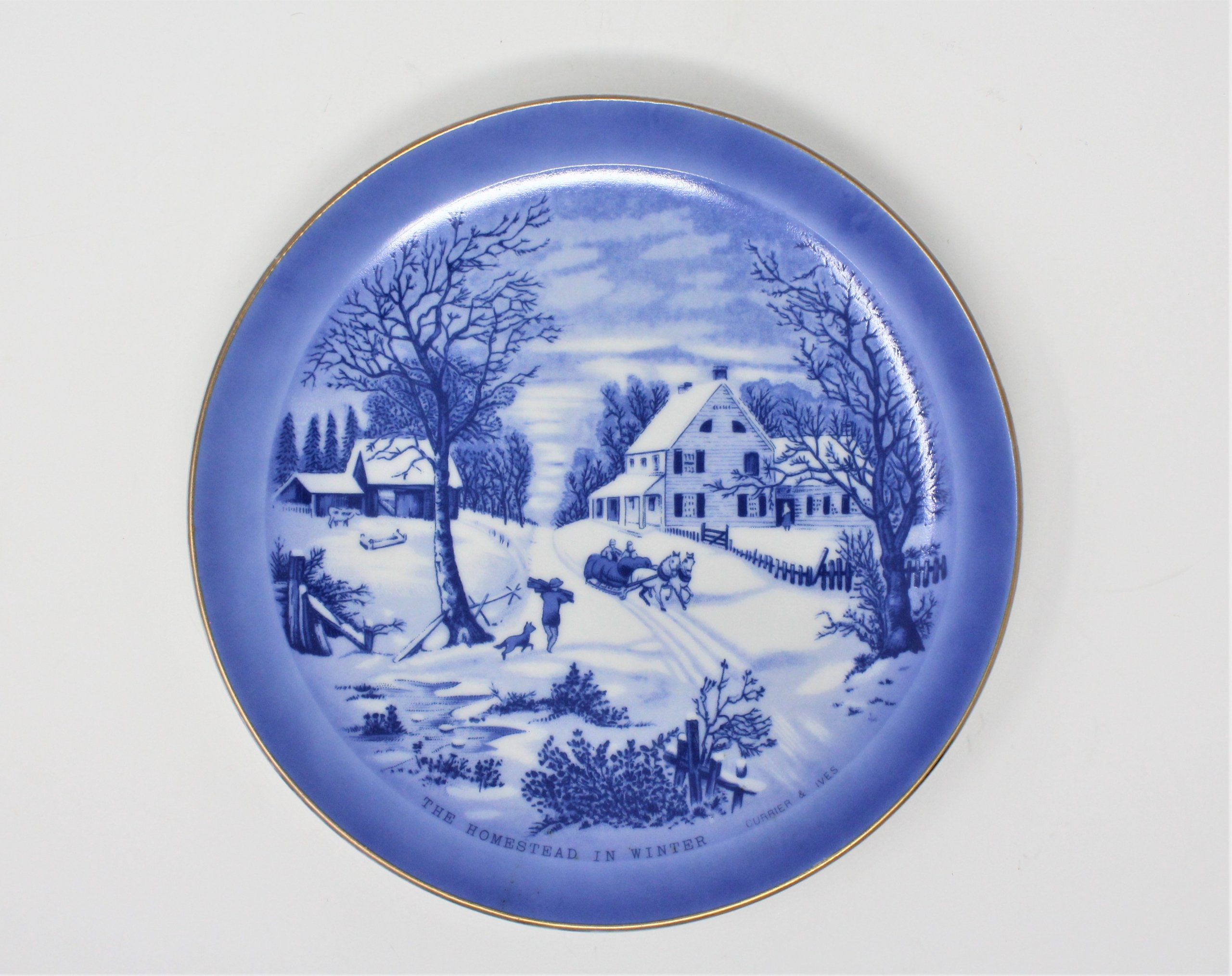 Decorative Plate Currier Ives The Homestead In Winter Blue And White Antigo Trunk