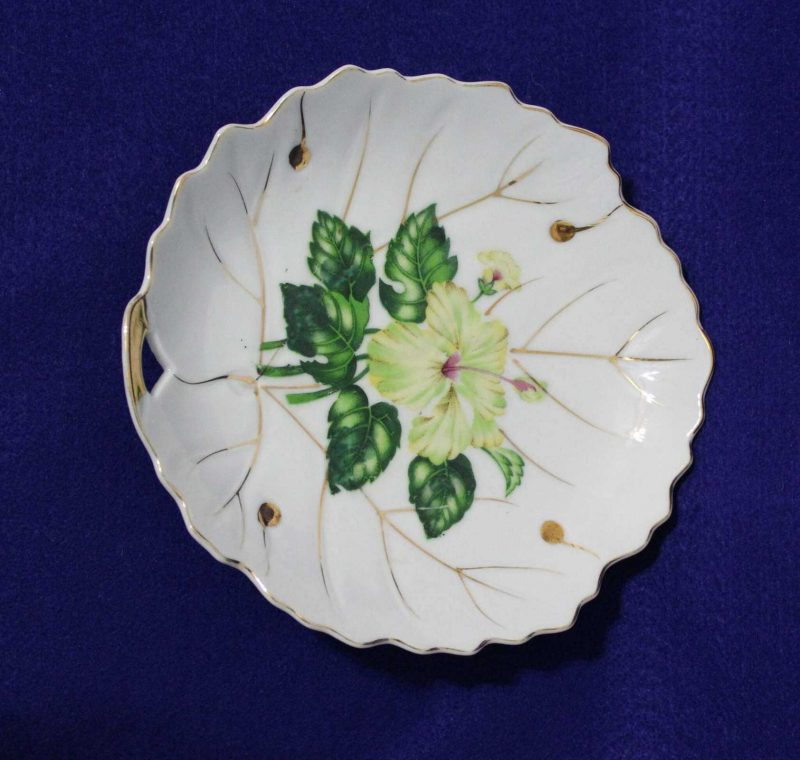 """Decorative Plate, Leaf Shaped """"White Hibiscus"""" by NASCO, Japan"""