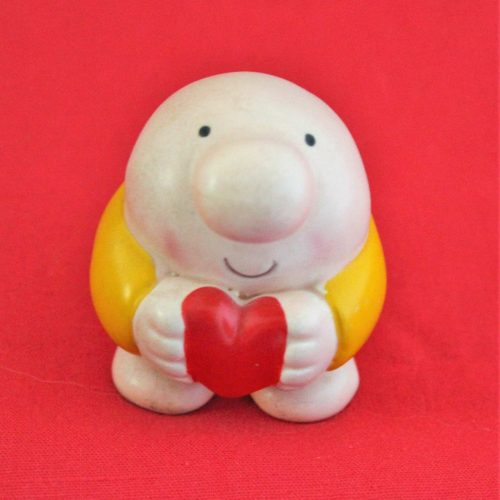 Figurine Ziggy Mini Holding Heart by American Greetings, 1982, SOLD
