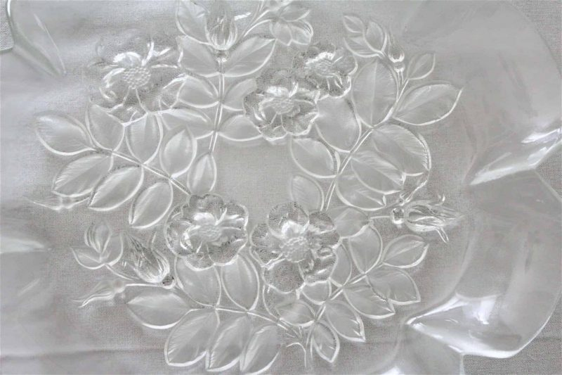 """Platter Frosted Glass, Fluted Edge, """"Bianca"""" by MIKASA"""